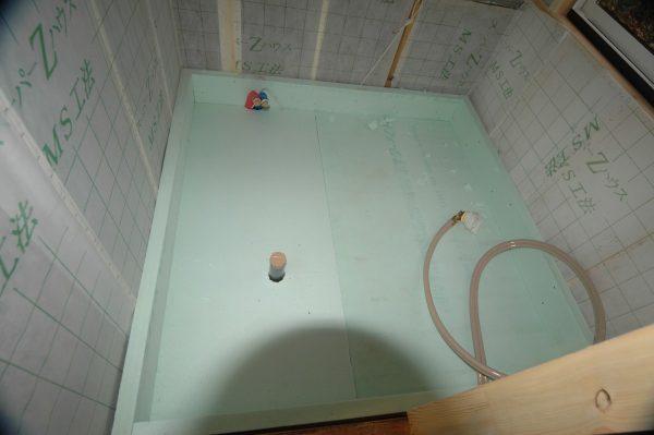 20060311-08